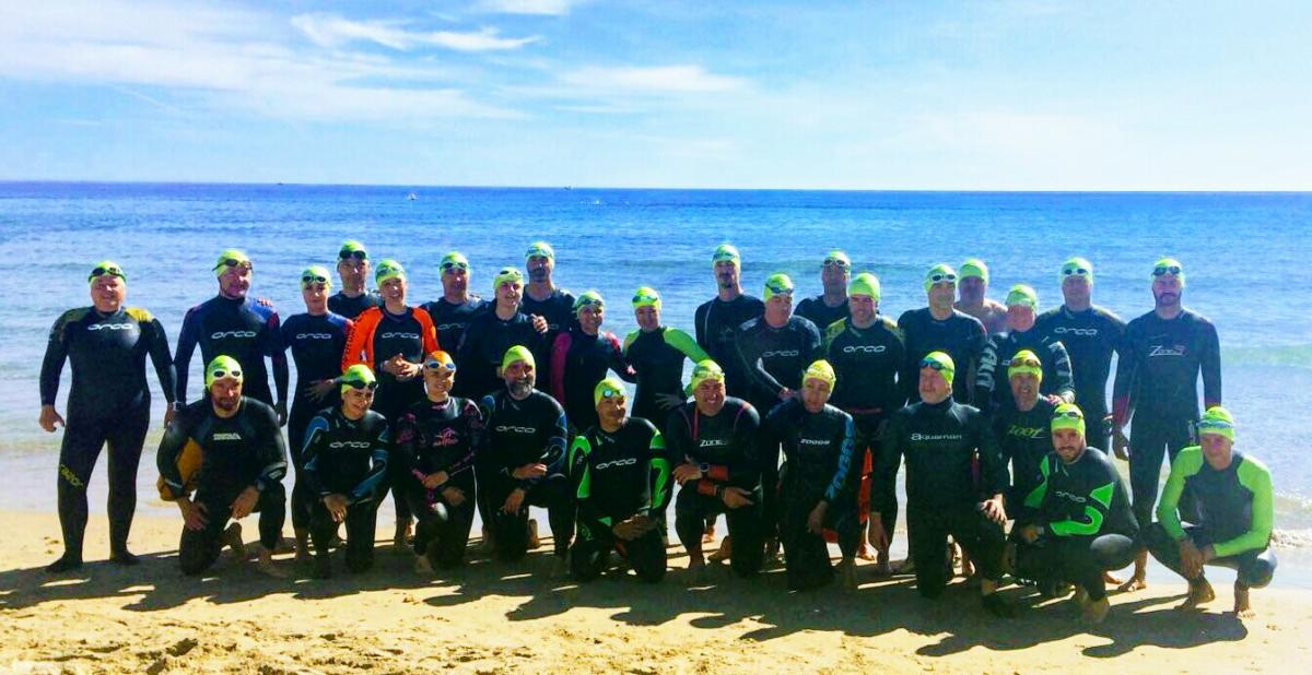 swimmers meeting point hibernis mare mil palmeras pilar de la horadad